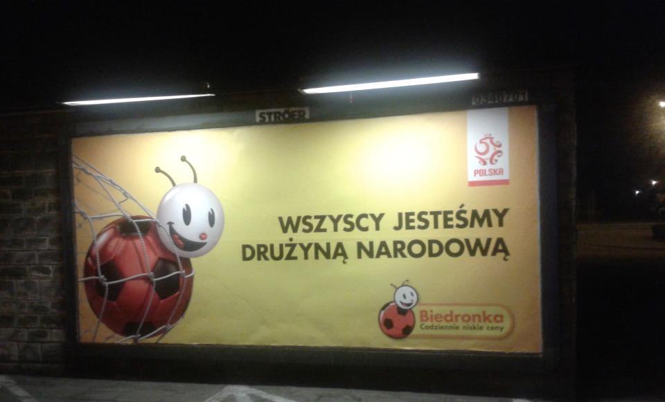 Biedronka billboard - wszyscy jesteśmy drużyną narodową